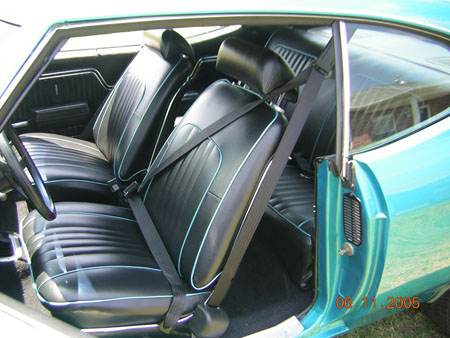 Morris Classic 66 73 Chevelle Bucket Seat 3 Point Seat